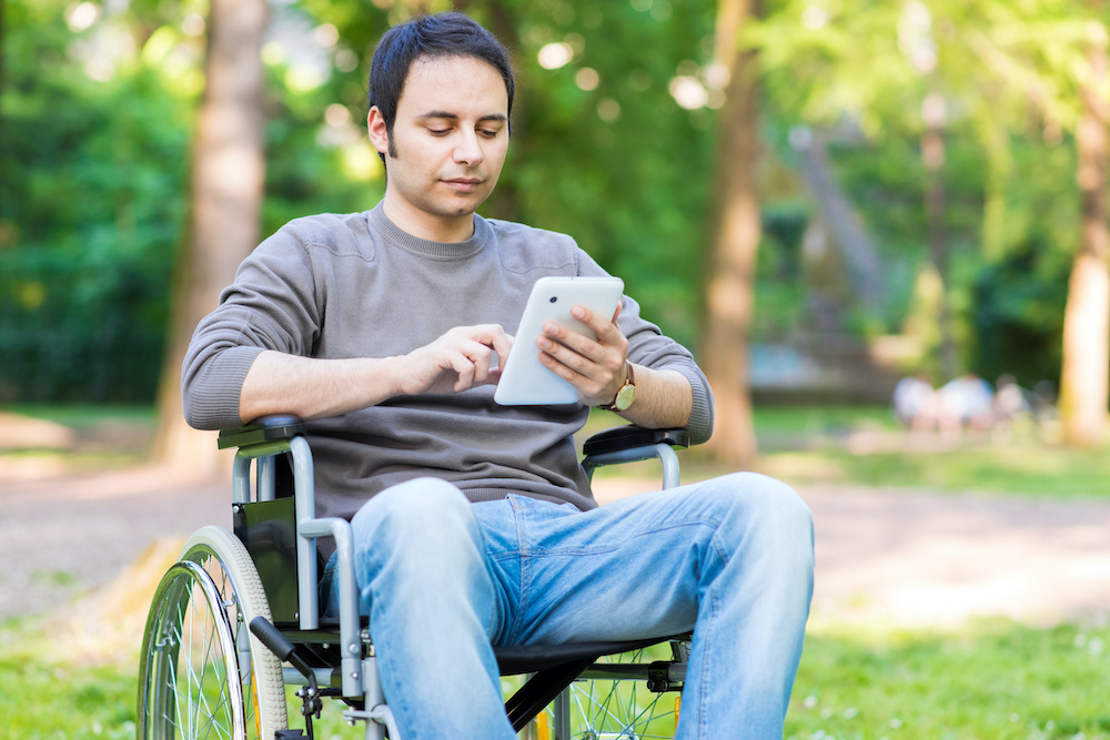 4 Smartphone Apps for Wheelchair Users